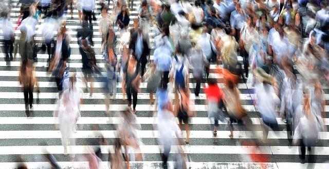 pedestrians-400811_640-640×330